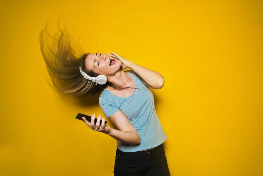Bluetoothイヤフォンは個性が出る!